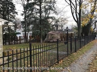 Single Family - Detached 105 Loop Road  Staten Island, NY 10304, MLS-1107265-5