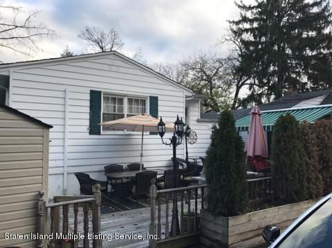 Single Family - Detached 105 Loop Road  Staten Island, NY 10304, MLS-1107265-19