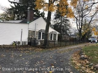 Single Family - Detached 105 Loop Road  Staten Island, NY 10304, MLS-1107265-21
