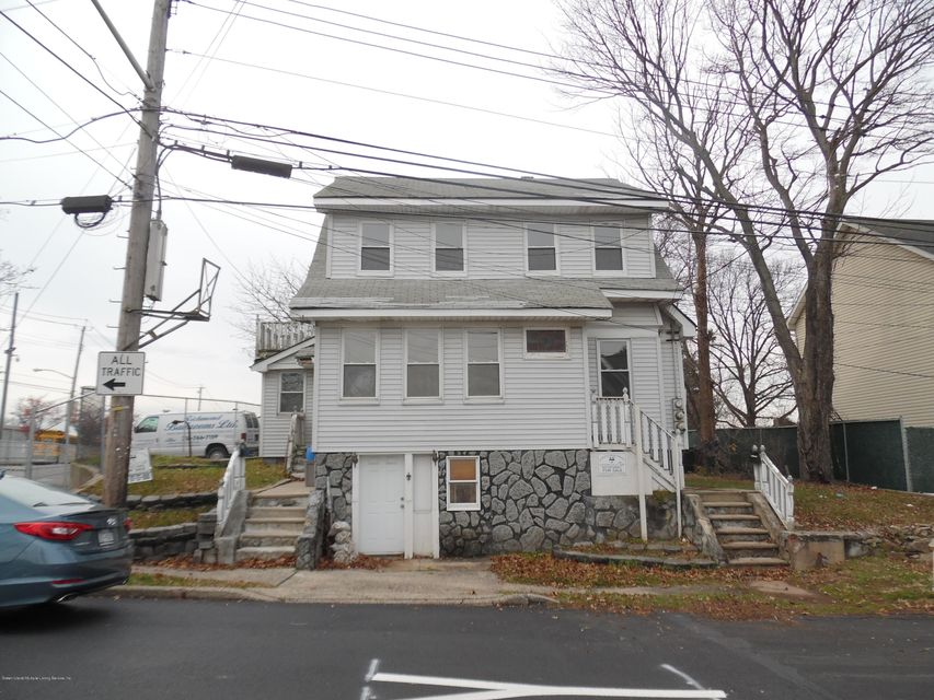 112 Gower Street, Staten Island, NY 10314