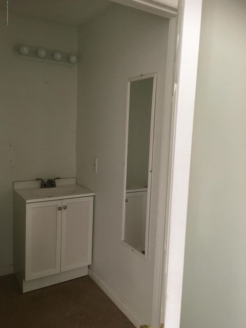 Additional photo for property listing at 1836 Hylan Boulevard  Staten Island, New York 10305 United States
