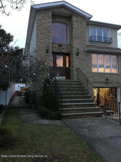 Single Family Home for Rent at 175 Sinclair Avenue Staten Island, New York 10312 United States