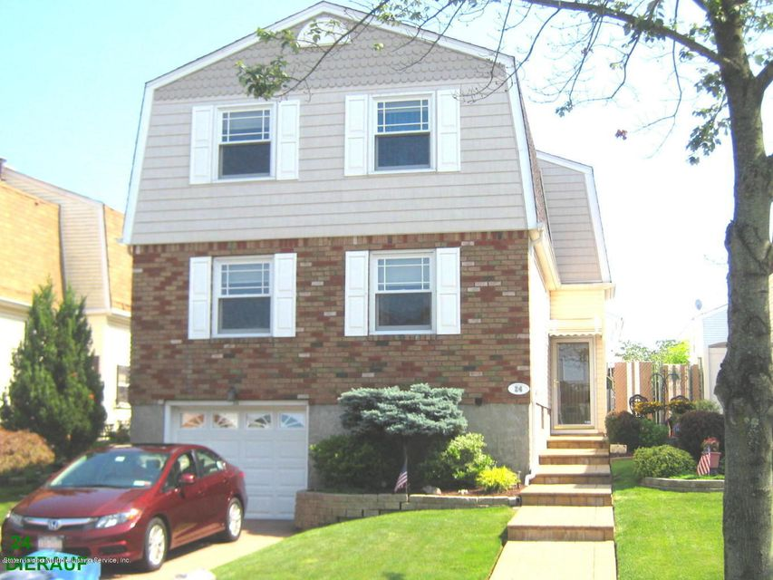 Single Family - Detached in Annadale - 24 Dierauf Street  Staten Island, NY 10312