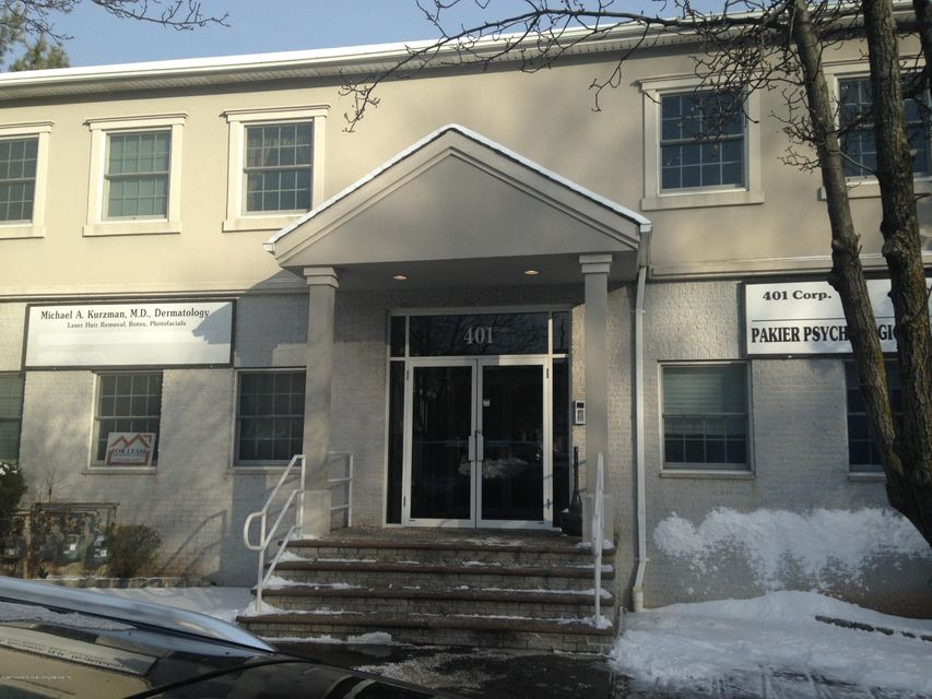 Commercial for Rent at 401 Bloomingdale Road Staten Island, New York 10309 United States
