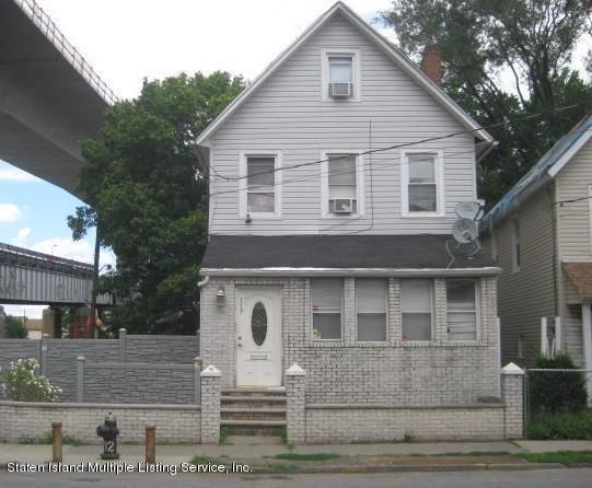 Single Family Home for Sale at 117 Innis Street Staten Island, New York 10302 United States