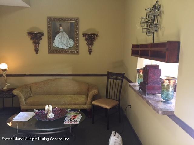 Additional photo for property listing at 172 Ravenhurst Avenue  Staten Island, New York 10310 United States
