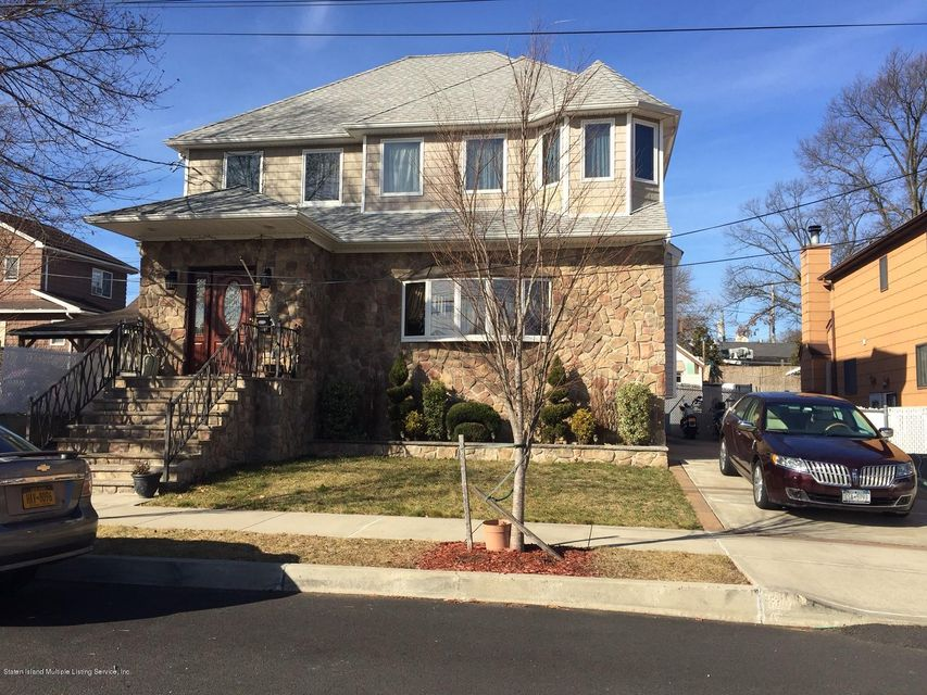 57 Sheridan Court, Staten Island, NY 10306