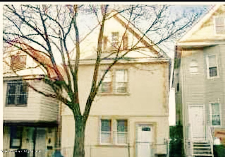 Single Family Home for Rent at 135 Winter Avenue Staten Island, New York 10301 United States