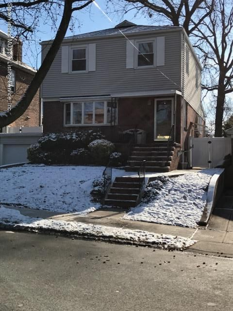 Single Family - Detached in Westerleigh - 100 Crowell Avenue  Staten Island, NY 10314