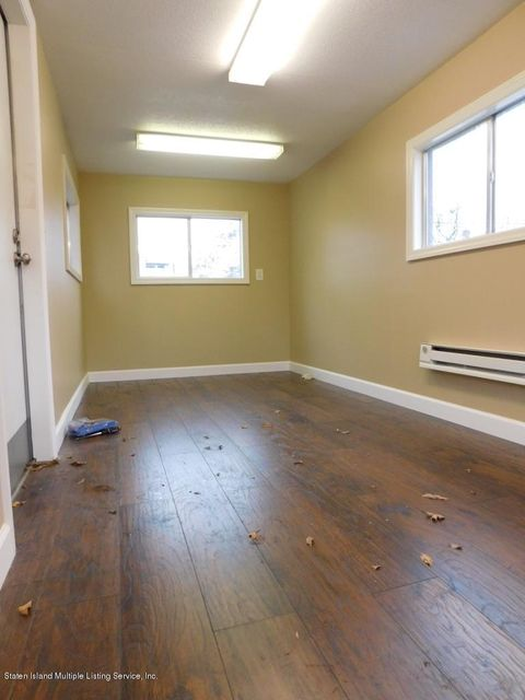 Additional photo for property listing at 6939 Amboy Road  Staten Island, New York 10309 United States