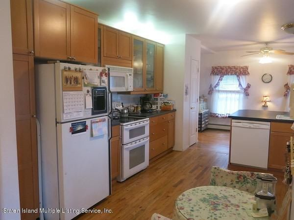 Single Family - Detached 4 Dent Road  Staten Island, NY 10308, MLS-1107942-12