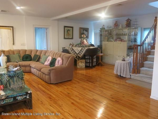 Single Family - Detached 4 Dent Road  Staten Island, NY 10308, MLS-1107942-14