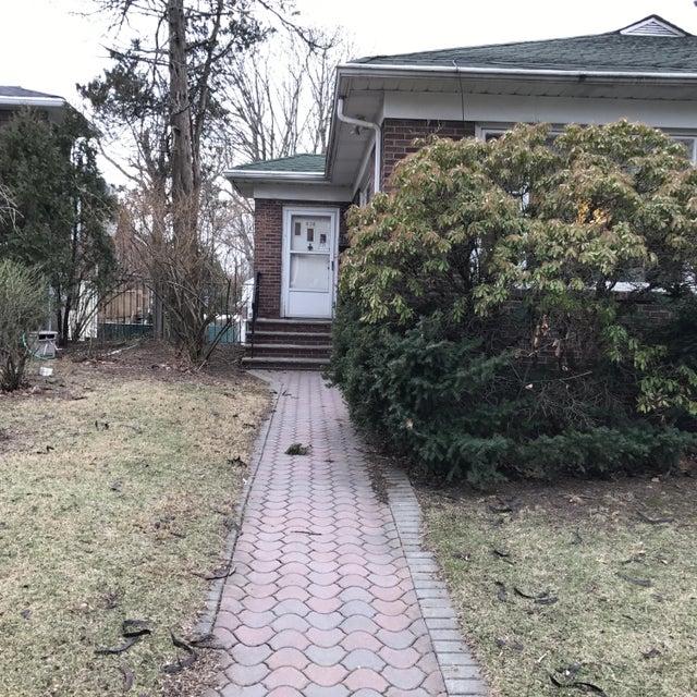 Single Family - Detached 636 Metropolitan Avenue  Staten Island, NY 10301, MLS-1108118-37
