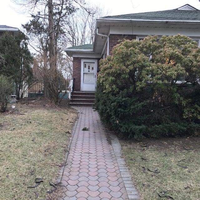 Single Family - Detached 636 Metropolitan Avenue  Staten Island, NY 10301, MLS-1108118-38