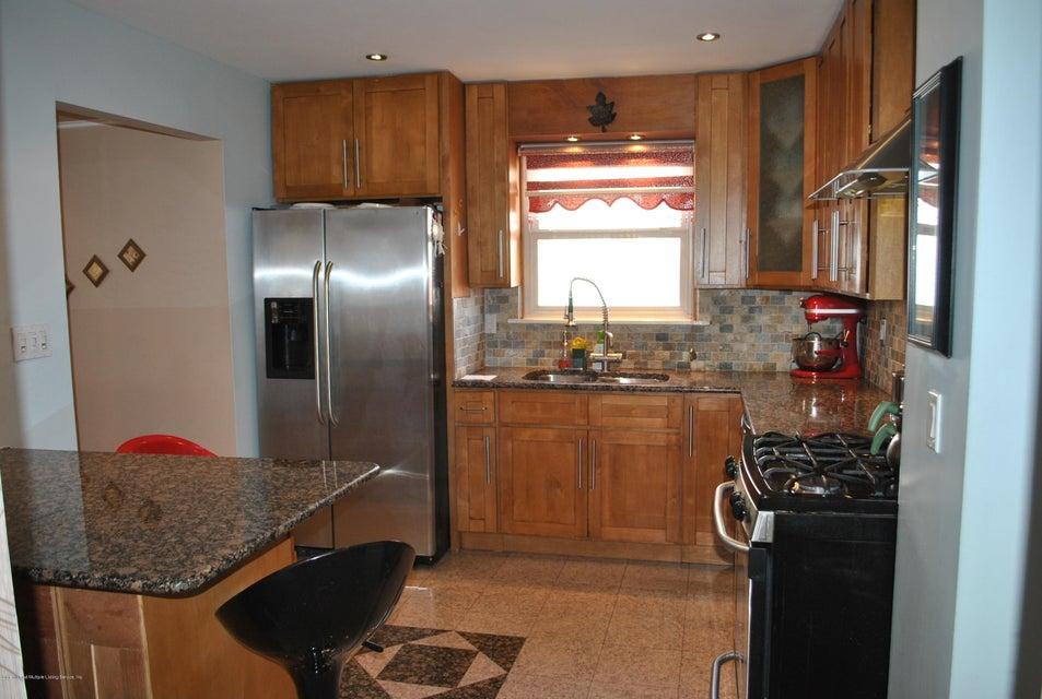 Single Family - Detached 191 Mallory Avenue  Staten Island, NY 10305, MLS-1108178-9