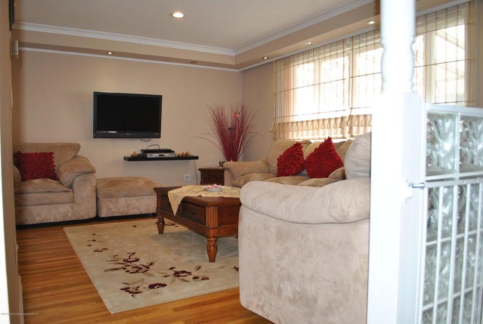 Single Family - Detached 191 Mallory Avenue  Staten Island, NY 10305, MLS-1108178-14
