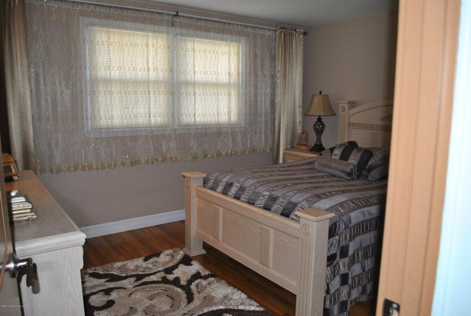 Single Family - Detached 191 Mallory Avenue  Staten Island, NY 10305, MLS-1108178-16