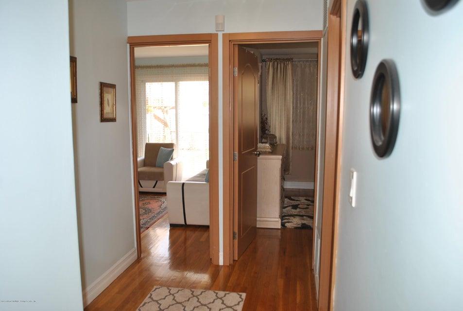Single Family - Detached 191 Mallory Avenue  Staten Island, NY 10305, MLS-1108178-15