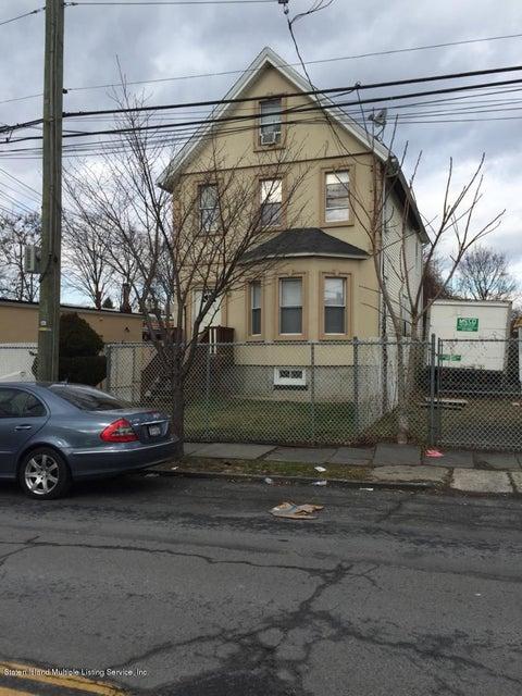 497 Cary Avenue, Staten Island, NY 10301