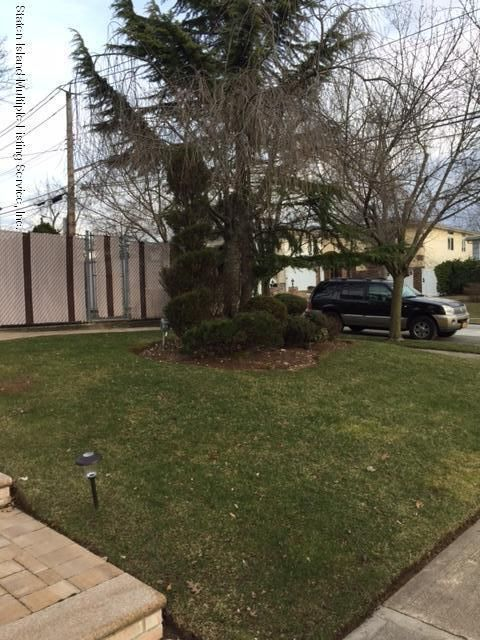 Single Family - Detached 295 Foster Road  Staten Island, NY 10309, MLS-1108215-14