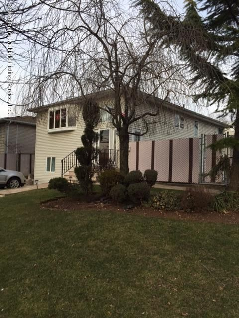 Single Family - Detached 295 Foster Road  Staten Island, NY 10309, MLS-1108215-13