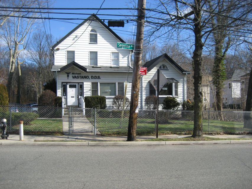 73 Seguine Avenue, Staten Island, NY 10309