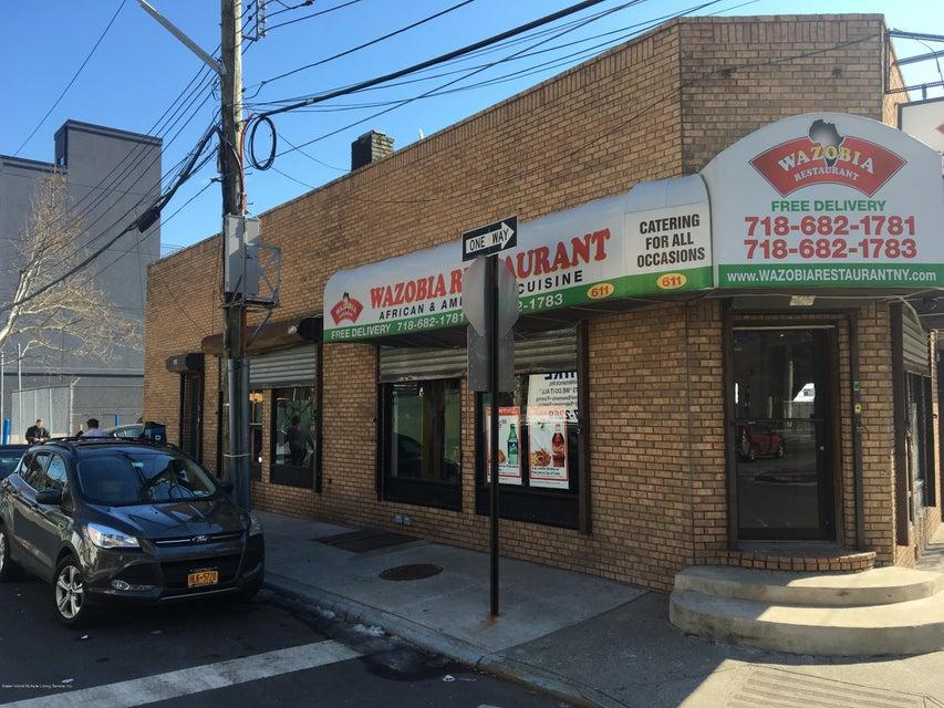 611 Bay Street, Staten Island, NY 10304
