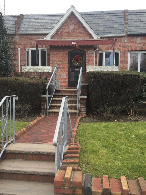 Single Family - Attached in Marine Park - 1925 32nd Street  Brooklyn, NY 11234