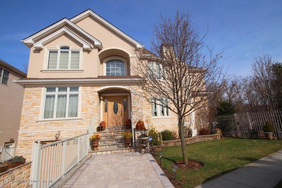 Two Family - Detached 14 Covington Circle  Staten Island, NY 10312, MLS-1108734-2