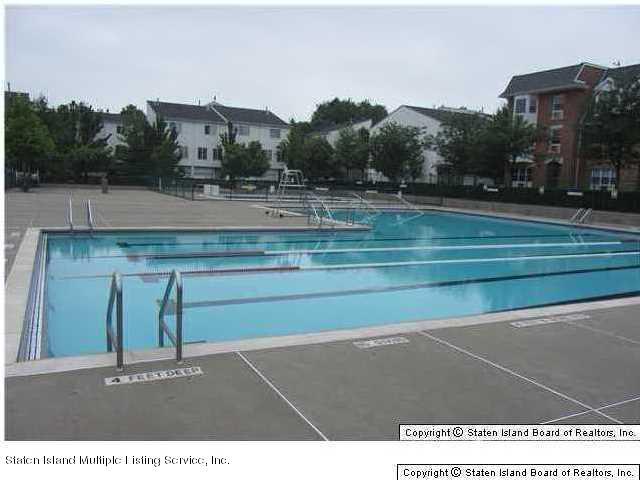 Single Family - Attached 449 Ilyssa Way  Staten Island, NY 10312, MLS-1108755-25