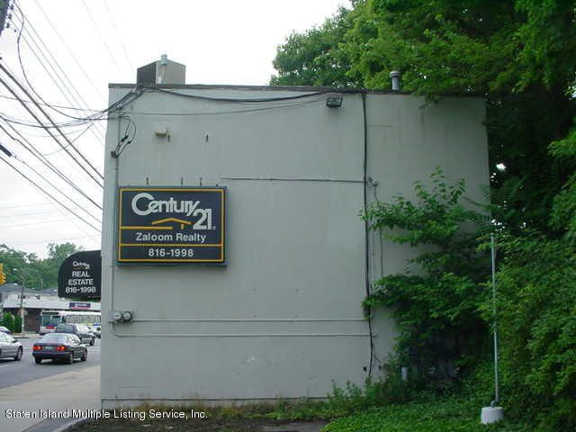 Additional photo for property listing at 1186 Hylan Boulevard  Staten Island, New York 10305 United States