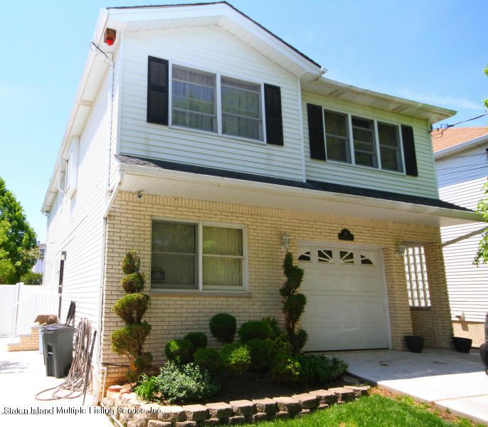 Single Family Home for Sale at 62 Bennett Place Staten Island, New York 10312 United States