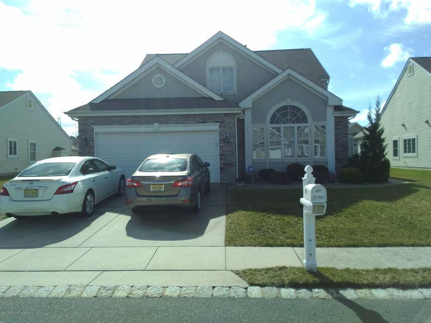 Single Family Home for Sale at 10 King North Road Jackson, New Jersey 08527 United States