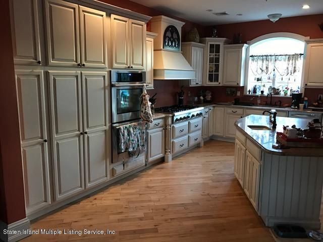 Additional photo for property listing at 14 Seacrest Avenue  Staten Island, New York 10312 United States