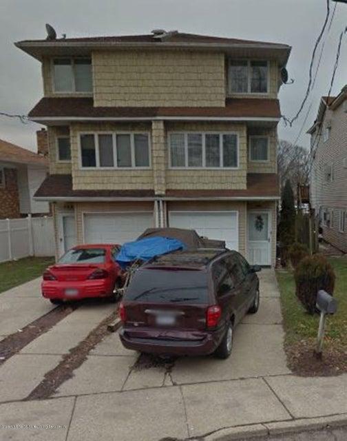 Single Family - Semi-Attached in Arrochar - 148 Olympia Boulevard  Staten Island, NY 10305