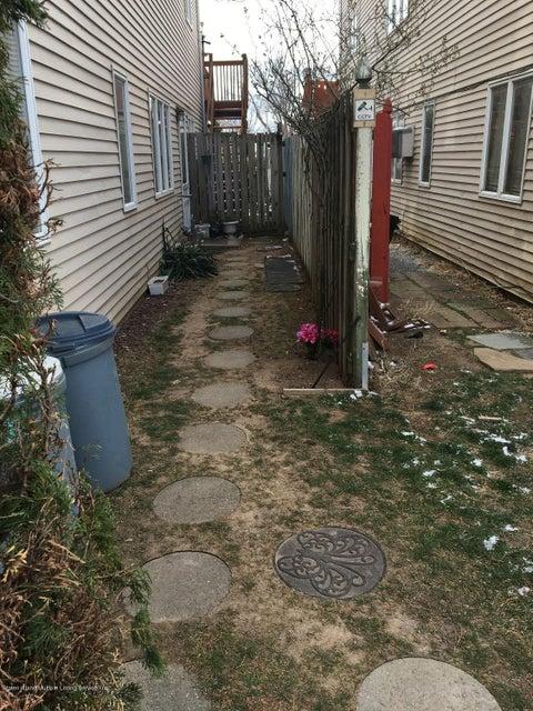 Single Family - Semi-Attached 148 Olympia Boulevard  Staten Island, NY 10305, MLS-1108991-21