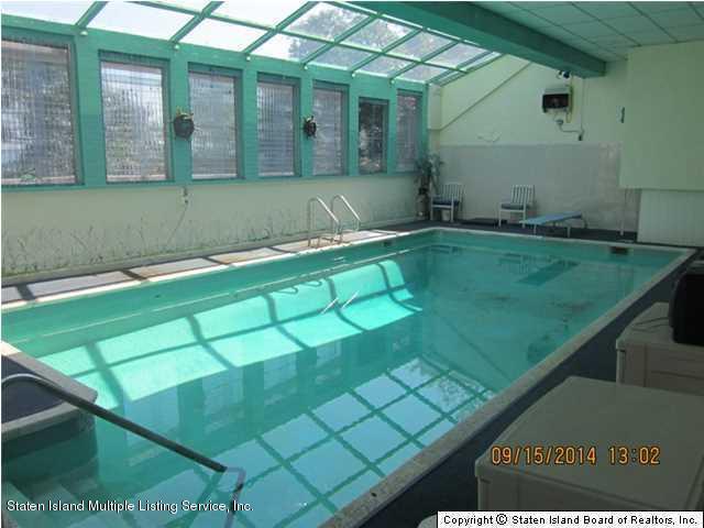 Single Family - Detached 337 Howard Avenue  Staten Island, NY 10301, MLS-1109054-24