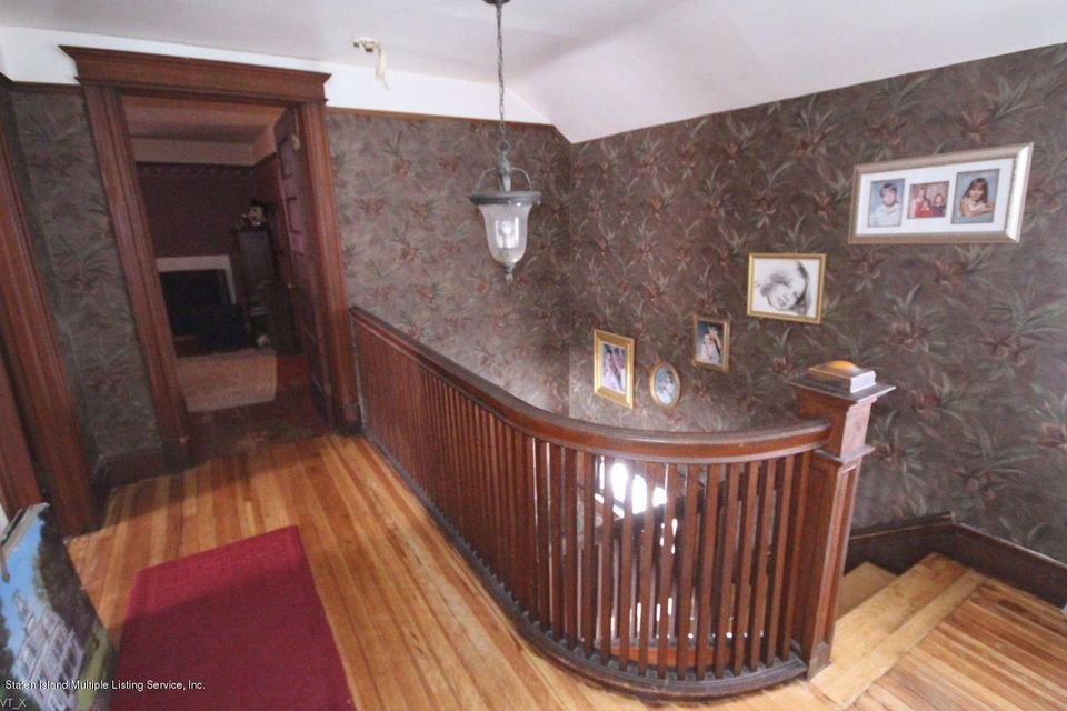Additional photo for property listing at 6019 Amboy Road  Staten Island, New York 10309 United States