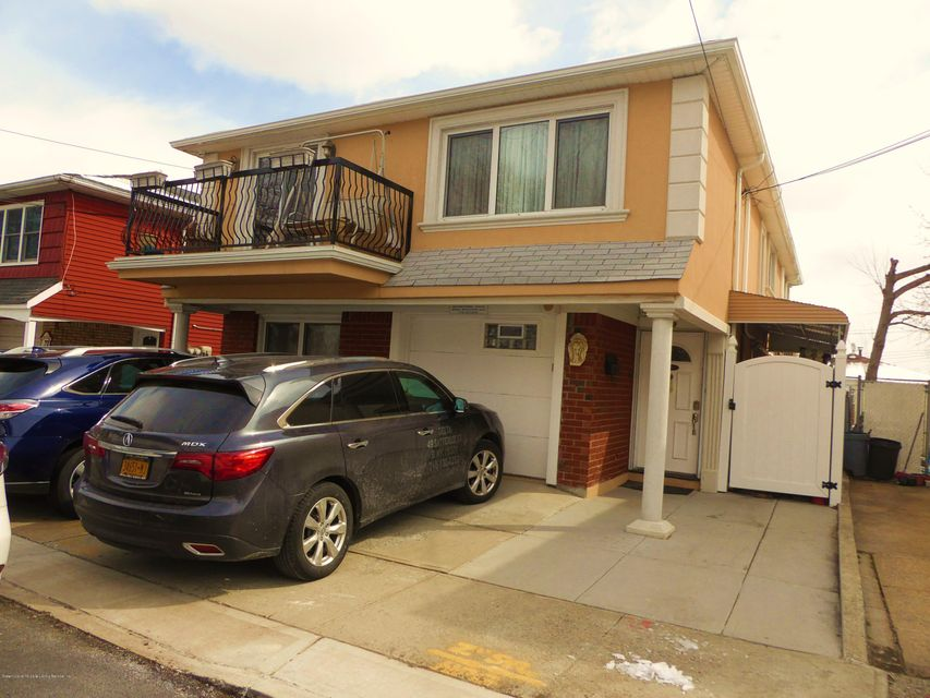 Two Family - Detached in Tottenville - 49 Satterlee Street  Staten Island, NY 10307