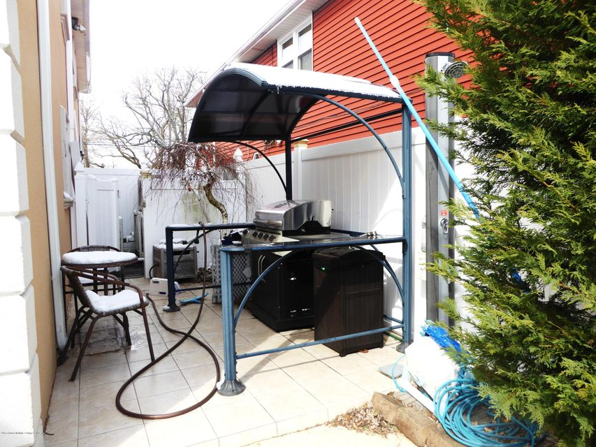Two Family - Detached 49 Satterlee Street  Staten Island, NY 10307, MLS-1109098-29