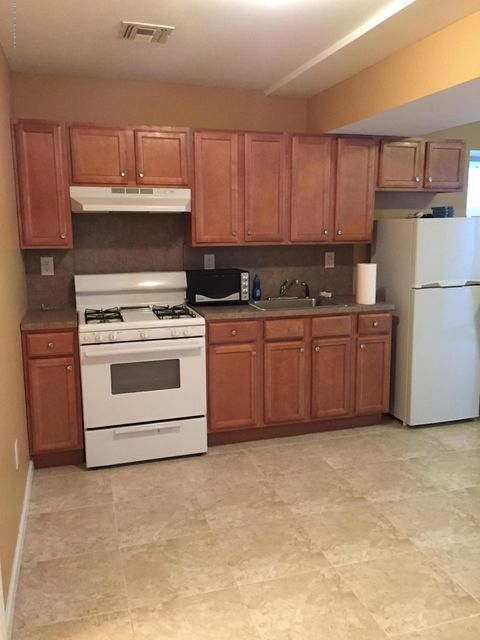 Single Family Home for Rent at 6 Carlton Court Staten Island, New York 10312 United States