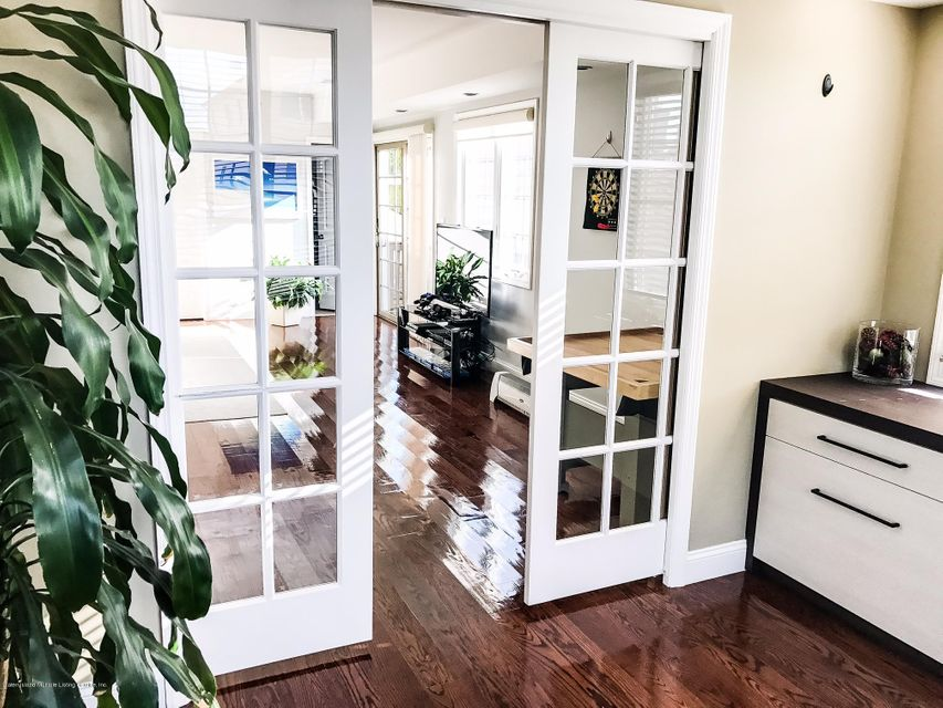 Additional photo for property listing at 1930 Richmond Road  Staten Island, New York 10306 United States