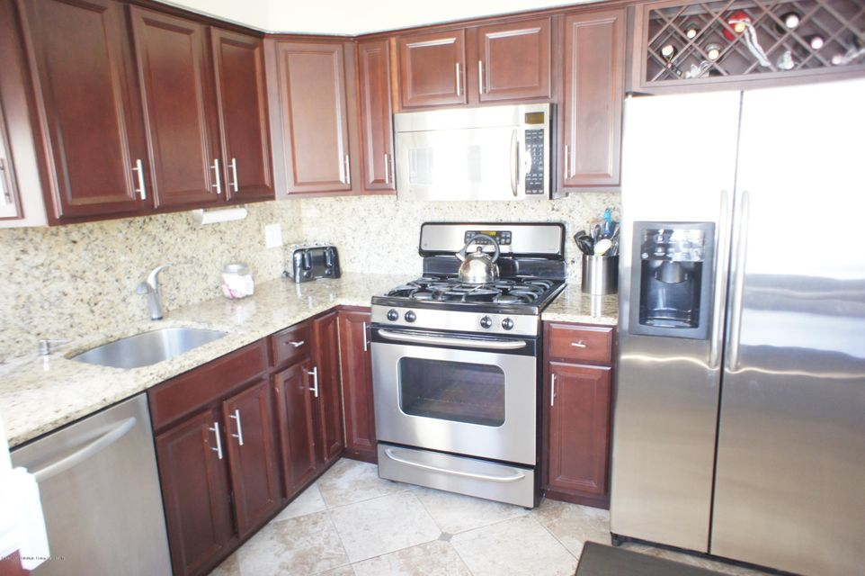 Single Family - Attached 27 Arthur Court  Staten Island, NY 10310, MLS-1109140-9