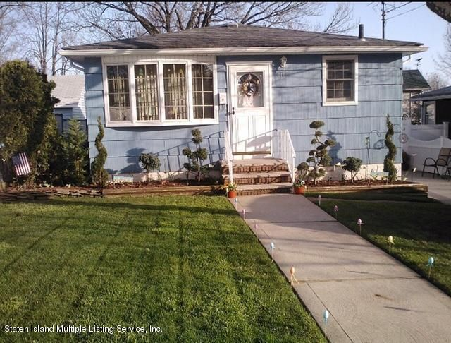 Single Family - Detached in Great Kills - 110 Sycamore Street  Staten Island, NY 10308