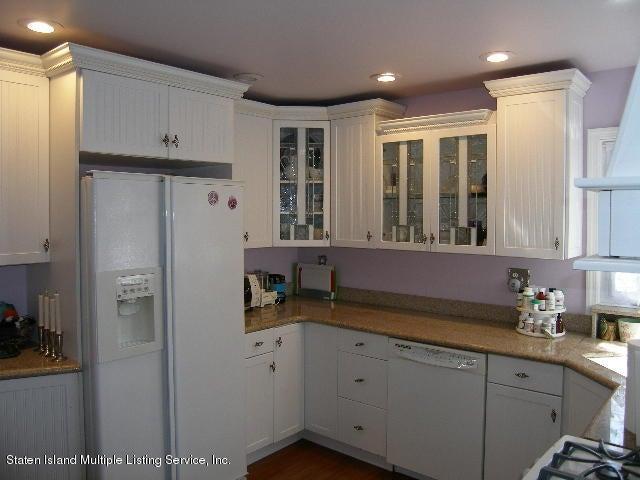 Single Family - Detached 726 Oakland Avenue  Staten Island, NY 10310, MLS-1109166-3