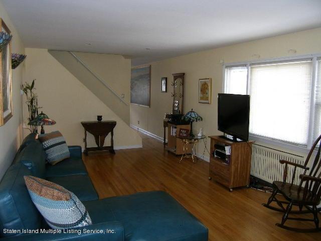 Single Family - Detached 726 Oakland Avenue  Staten Island, NY 10310, MLS-1109166-2