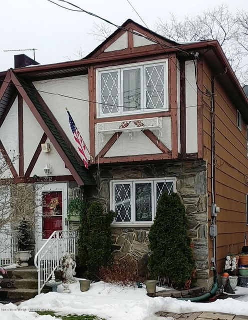 Single Family - Semi-Attached in New Dorp - 2732 Amboy Rd   Staten Island, NY 10306