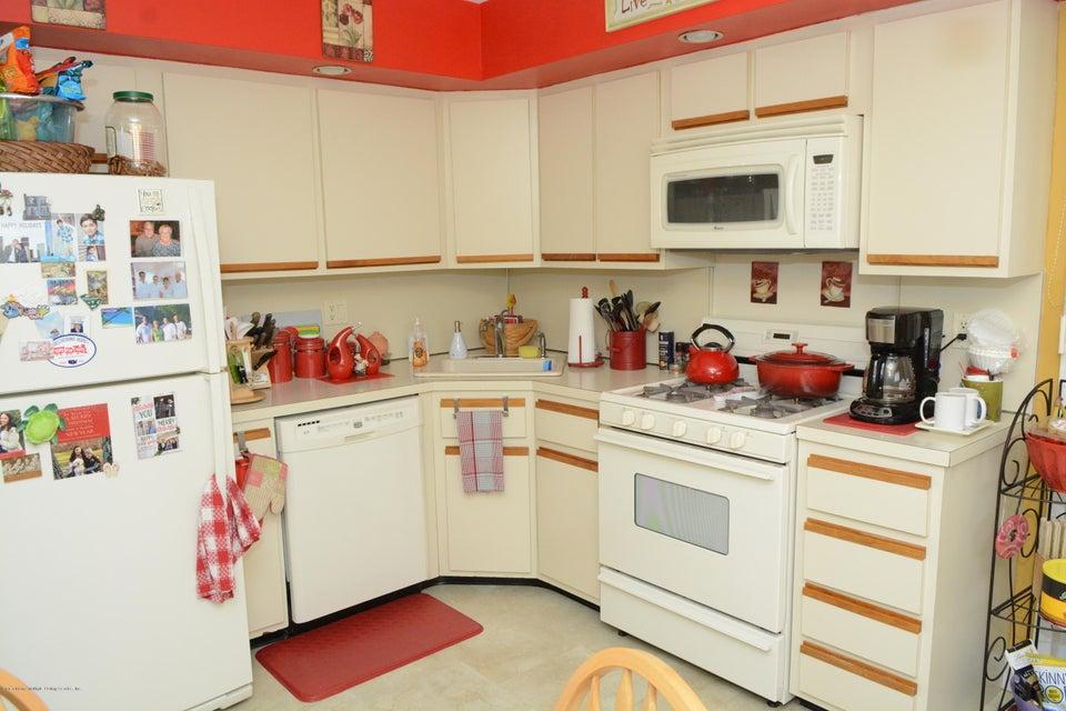Single Family - Semi-Attached 138 Ridgewood Avenue  Staten Island, NY 10312, MLS-1109172-14