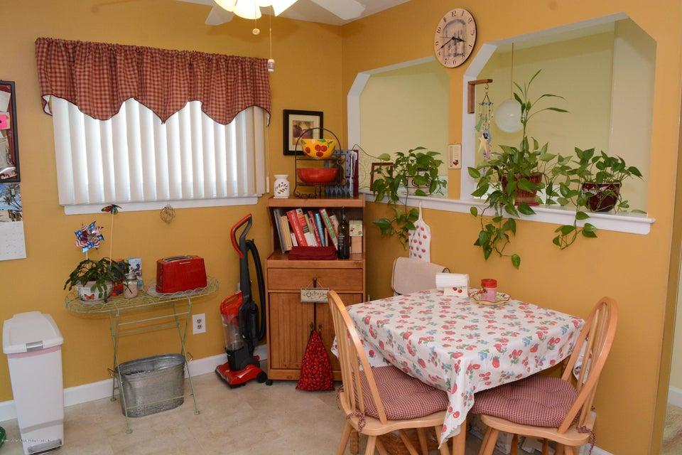 Single Family - Semi-Attached 138 Ridgewood Avenue  Staten Island, NY 10312, MLS-1109172-16