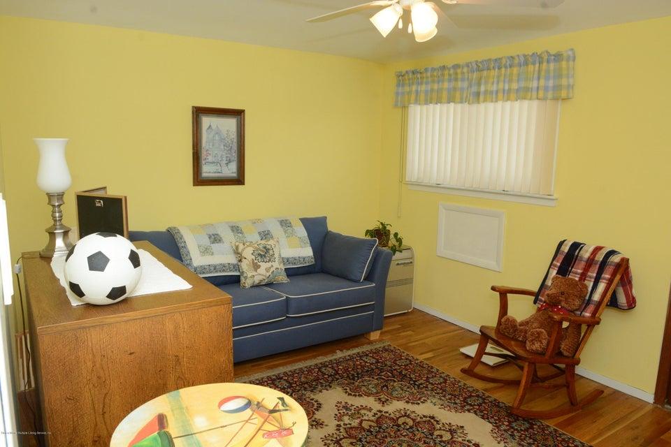 Single Family - Semi-Attached 138 Ridgewood Avenue  Staten Island, NY 10312, MLS-1109172-21